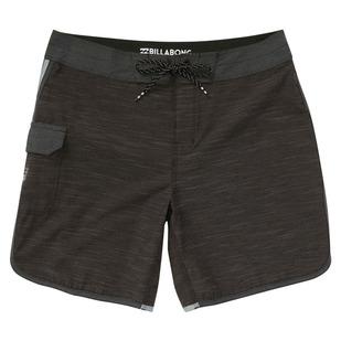 73 X - Short de plage pour homme