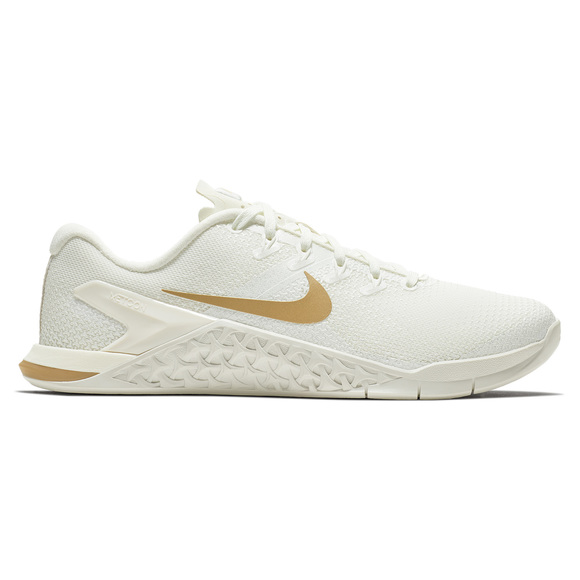 more photos 10a49 ad014 NIKE Metcon 4 Champagne - Women s Training Shoes   Sports Experts