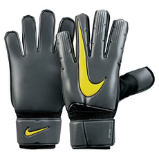 Spyne Pro - Adult Soccer Goalkeeper Gloves