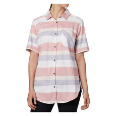 Anytime Casual - Women's Short-Sleeved Shirt