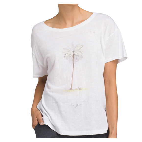 Chez - Women's T-shirt