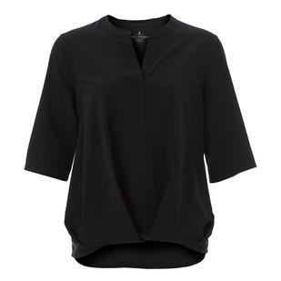 Spotless Traveler - Women's Short-Sleeved Shirt