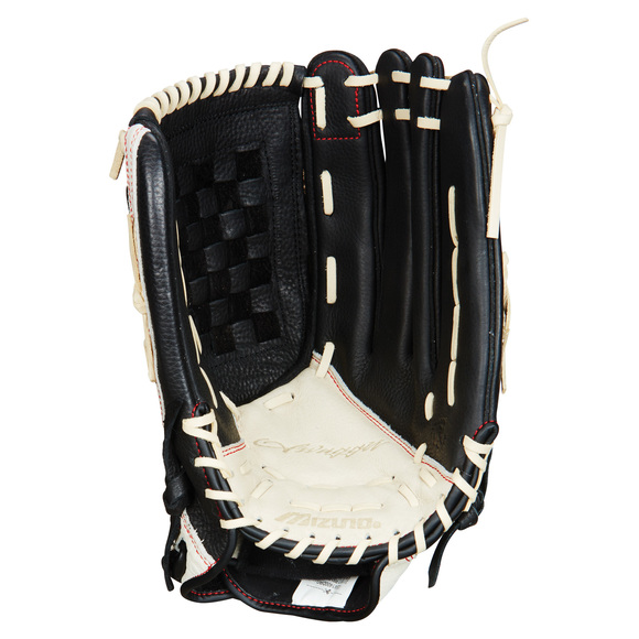 Swagger - Adult's Fielder Glove