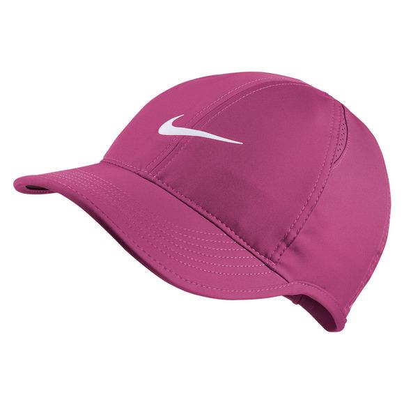 ed02045b NIKE AeroBill Featherlight - Women's Adjustable Cap | Sports Experts