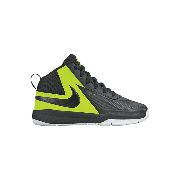 Team Hustle 7 PS - Kids Basketball Shoes