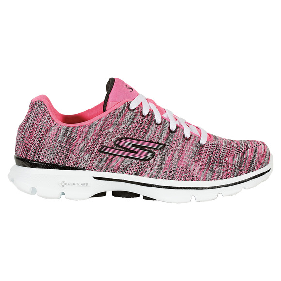 Go Walk 3 Contest - Women's Active Lifestyle Shoes